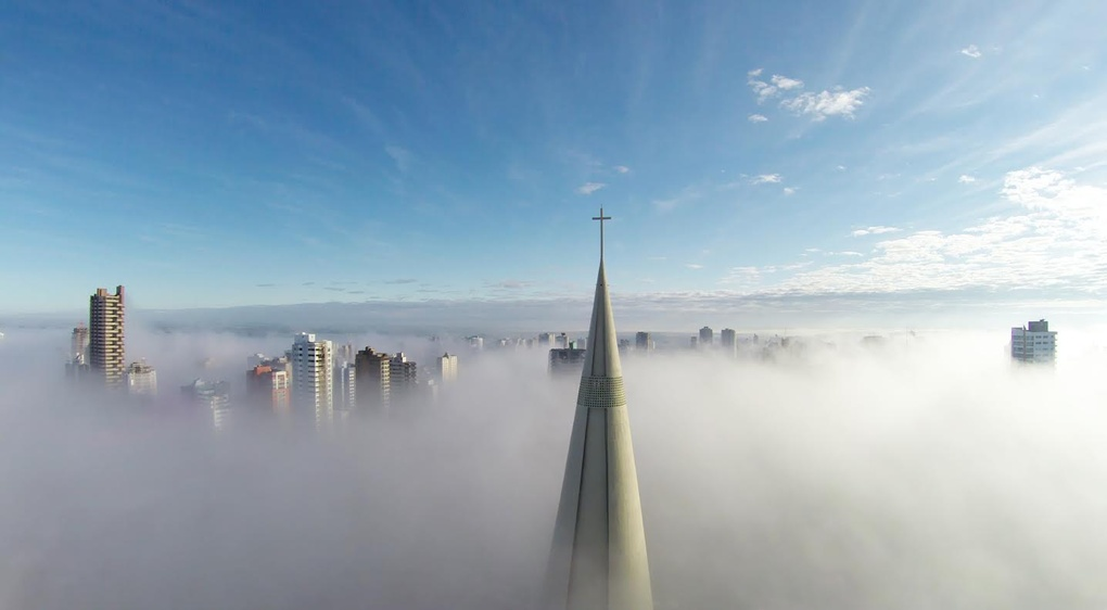 1st-prize-category-places-above-the-mist-maring-paran-brazil-by-ricardo-matiello_1